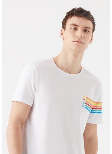 Mavi Renkli Logo Baskılı  Tişört Beyaz